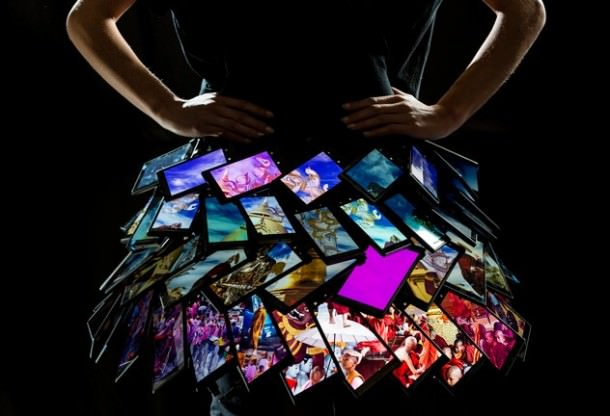 Fashion Week de Londres : 35 Nokia Lumina pour une jupette