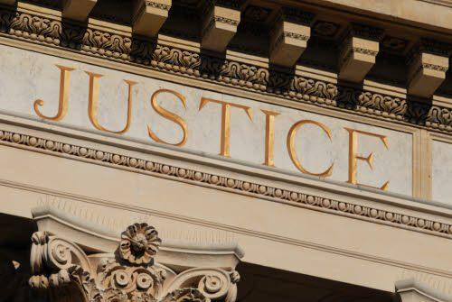 Tentative de suicide en plein tribunal