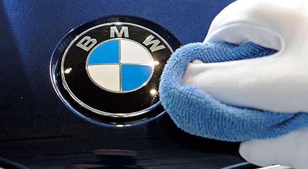 L'Univers de la marque BMW premier Brand Store à Bruxelles