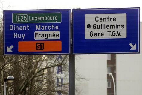 Diminuer les embouteillages en modifiant les panneaux autoroutiers