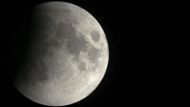 Eclipse totale de Lune dans la nuit de lundi à mardi