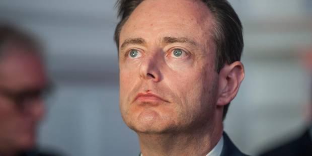 Initiative de former un gouvernement flamand pour Bart De Wever