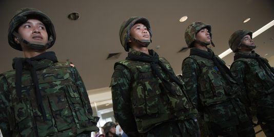 L'armée instaure la loi martiale pour rétablir l'ordre public en Thaïlande