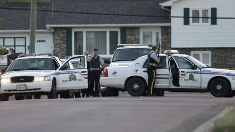 Est du Canada à Moncton : trois policiers meurent deux autres sont blessés