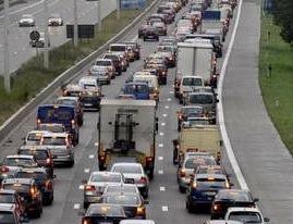 Ring intérieur de Bruxelles La circulation perturbée à cause d'un accident entre trois véhicules et un camion
