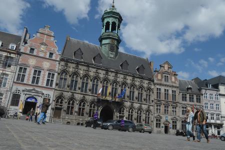 La Grand-Place de Mons : Une nouvelle bagarre enregistrée entre deux personnes