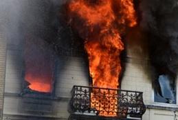 Un violent incendie ravage un immeuble à Mons : Une personne perd la vie
