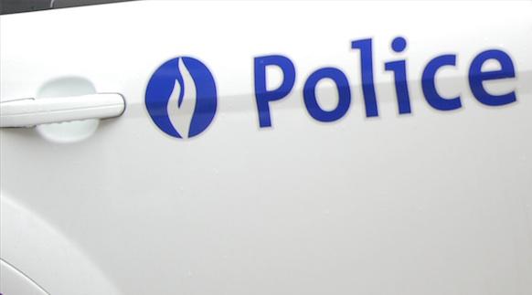 Quatre personnes blessées suite à une bagarre au couteau à Anderlecht : Un homme dans un état critique